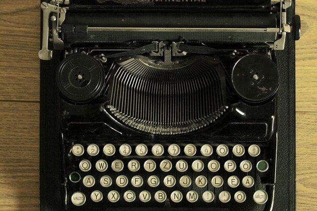 scrittore per il web Lombardia Atlantia Consulting Micheli and Co.