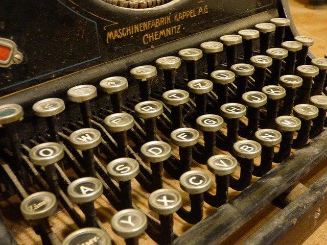 scrittore sul web Como Atlantia Consulting Micheli and Co.